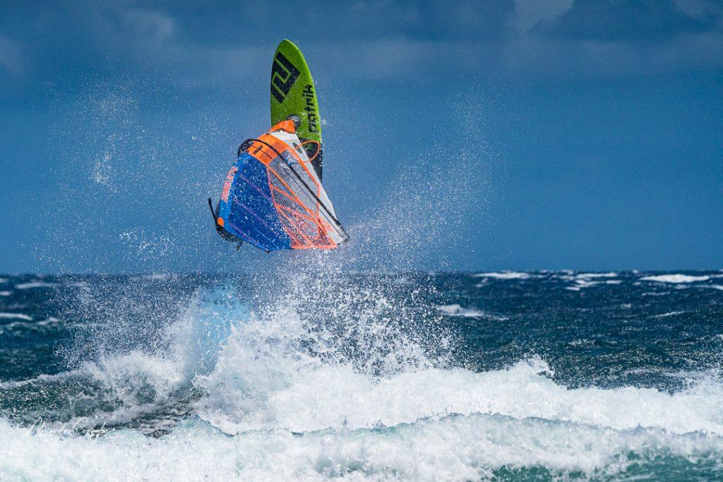 windsurf-sulle-onde