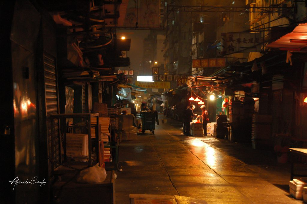 hong-kong-mercato-notturno